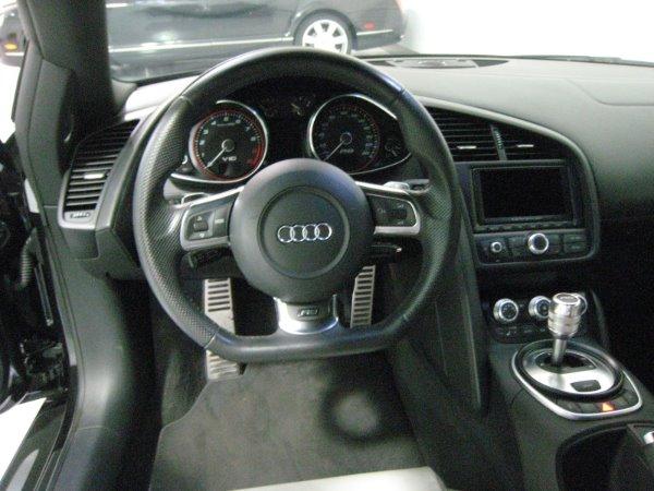 Used 2011 Audi R8 5.2 quattro Spyder | Miami, FL n18