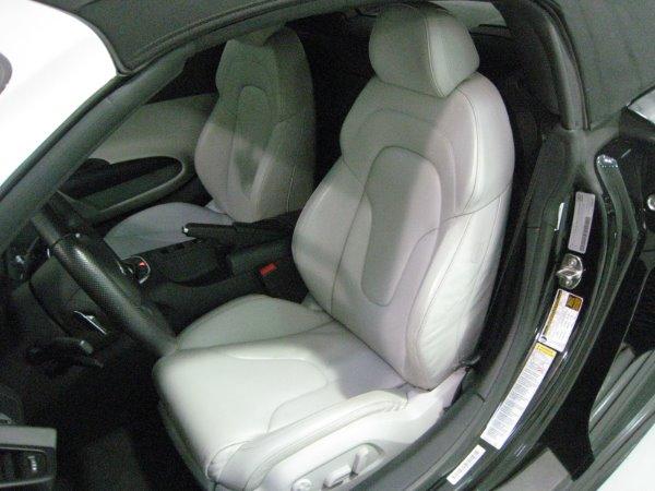 Used 2011 Audi R8 5.2 quattro Spyder | Miami, FL n21