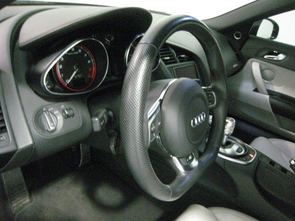 Used 2011 Audi R8 5.2 quattro Spyder | Miami, FL n22