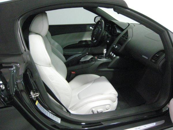 Used 2011 Audi R8 5.2 quattro Spyder | Miami, FL n24