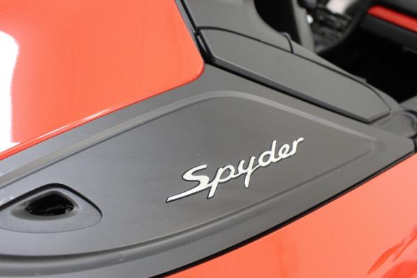 Used 2016 Porsche Boxster Spyder | Miami, FL n37