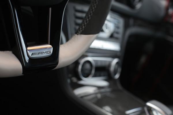 Used 2016 Mercedes-Benz SL-Class AMG SL63 | Miami, FL n21