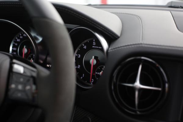 Used 2016 Mercedes-Benz SL-Class AMG SL63 | Miami, FL n29
