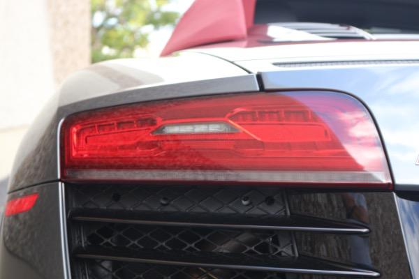 Used 2015 Audi R8 5.2 quattro Carbon Spyder | Miami, FL n17