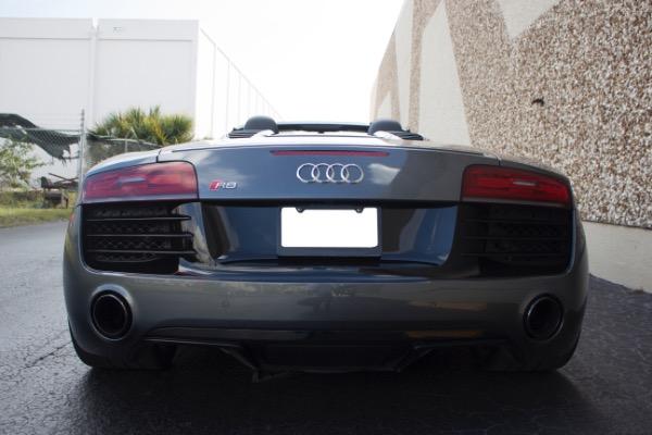 Used 2015 Audi R8 5.2 quattro Carbon Spyder | Miami, FL n18