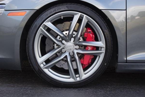 Used 2015 Audi R8 5.2 quattro Carbon Spyder | Miami, FL n23
