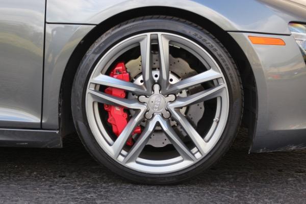 Used 2015 Audi R8 5.2 quattro Carbon Spyder | Miami, FL n31