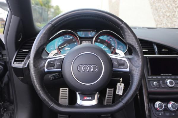 Used 2015 Audi R8 5.2 quattro Carbon Spyder | Miami, FL n35