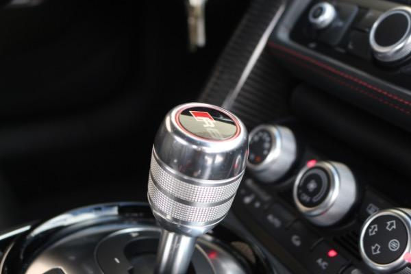 Used 2015 Audi R8 5.2 quattro Carbon Spyder | Miami, FL n38