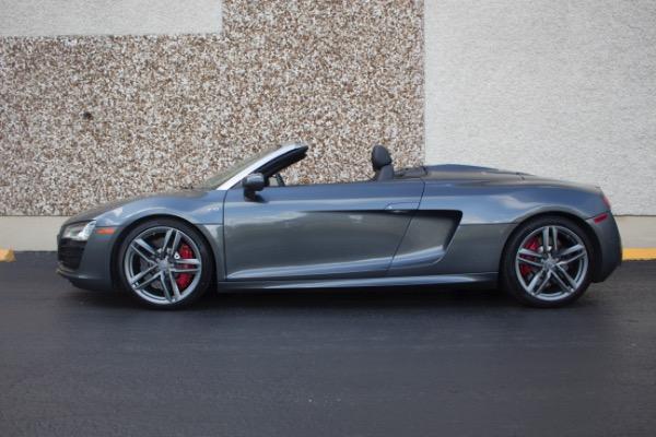 Used 2015 Audi R8 5.2 quattro Carbon Spyder | Miami, FL n4