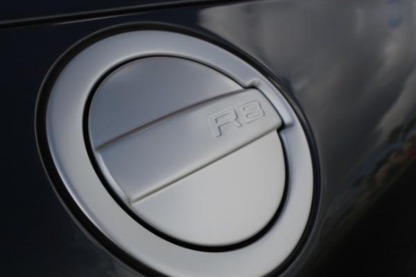 Used 2015 Audi R8 5.2 quattro Carbon Spyder | Miami, FL n47