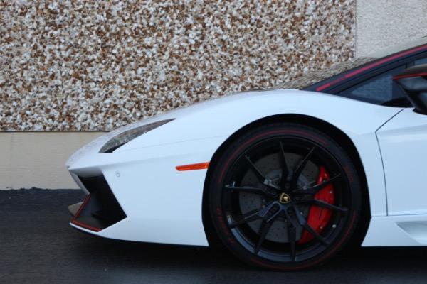 Used 2016 Lamborghini Aventador LP 700-4 Roadster   Miami, FL n14