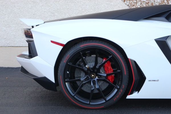 Used 2016 Lamborghini Aventador LP 700-4 Roadster   Miami, FL n17