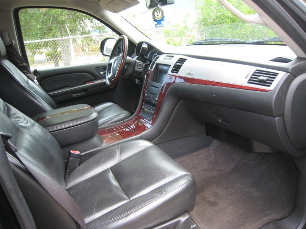 Used 2009 Cadillac Escalade Hybrid  | Miami, FL n17