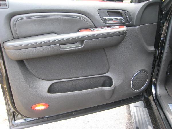 Used 2009 Cadillac Escalade Hybrid  | Miami, FL n20