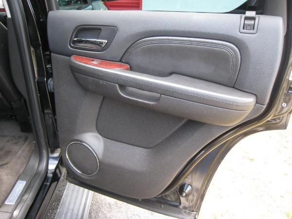 Used 2009 Cadillac Escalade Hybrid  | Miami, FL n25