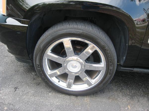 Used 2009 Cadillac Escalade Hybrid  | Miami, FL n26