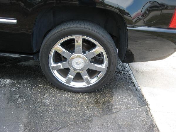 Used 2009 Cadillac Escalade Hybrid  | Miami, FL n27