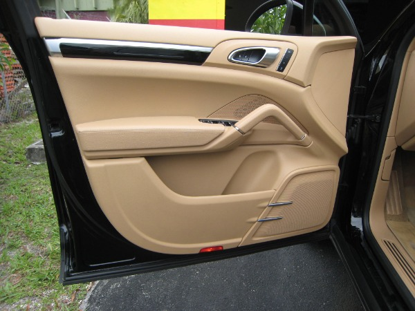 Used 2014 Porsche Cayenne Diesel | Miami, FL n11